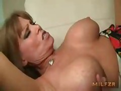 Hot mam fucked raw hard by little one