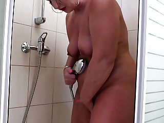 Moms fucked by young guys at home