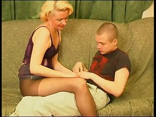 Mature blonde mommy adores her guy