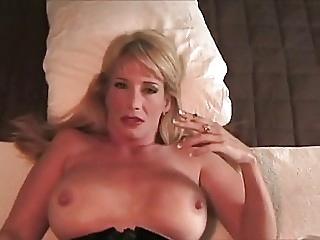 Mature stepmom smoking and fucking