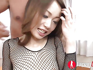 Teen shows creampie from Japan