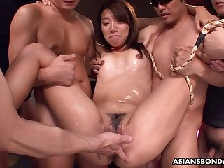 Asian bitch has a threesome that is bdsm infected
