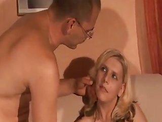 Amateur Hot Wife
