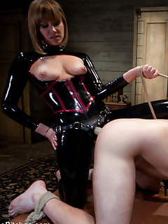 12 of Sexy slut in latex fucked man's ass hole.