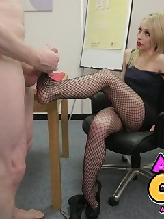 17 of Secretary Footjob